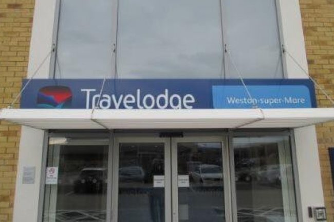 Travelodge Weston Super Mare - Image 1